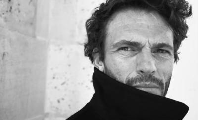 Portrait de l'acteur Arnaud Binard